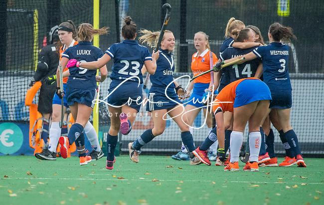 BLOEMENDAAL  -  vreugde bij Pinoke bij 1-2. tijdens de hoofdklasse competitiewedstrijd vrouwen , Bloemendaal-Pinoke (1-2) . COPYRIGHT KOEN SUYK