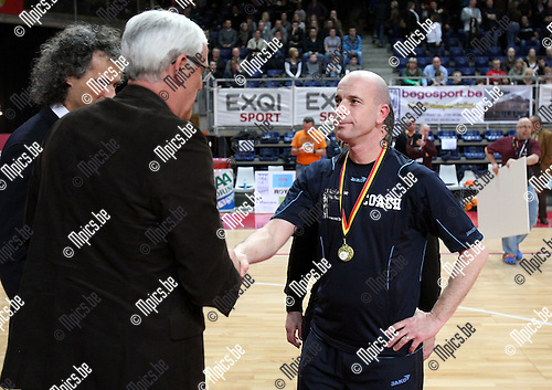 2010-03-21 / Korfbal / seizoen 2009-2010 / Scaldis wint de zaalcompetitie. Coach Jurgen French..Foto: Mpics