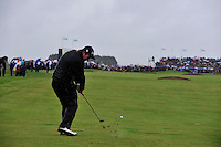 Shane Lowry plays his 3rd shot on the 18th during the 1st playoff  hole of the 3 Irish Open on 17th May 2009 (Photo by Eoin Clarke/GOLFFILE)