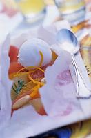 """Europe/Italie/Côte Amalfitaine/Campagnie/Positano : Papillote d'agrumes au miel de piments et sorbet citron d'ici - Recette d'Alois Vanlangenaeke chef du restaurant de l'hôtel """"San Pietro"""""""