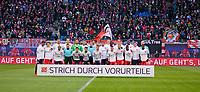 """18.03.2018,  Football 1.Liga 2017/2018, 27. match day, RB Leipzig - FC Bayern Muenchen, in Red Bull Arena Leipzig.   """"Strich  Vorurteile""""  -  Rassismus, die bothn teamen stellen sich   gemeinsamen groupnfoto and dem  s-Tshirt auf. Joshua Kimmich (FC Bayern Muenchen), Juan Bernat (FC Bayern Muenchen), James Rodriguez (FC Bayern Muenchen),goalkeeper Sven Ulreich (FC Bayern Muenchen), Thomas Mueller (FC Bayern Muenchen), Mats Hummels (Bayern Muenchen),   *** Local Caption *** © pixathlon<br /> <br /> Contact: +49-40-22 63 02 60 , info@pixathlon.de"""