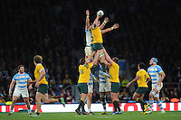 Rob Simmons of Australia beats Pablo Matera of Argentina in the lineout during the Semi Final of the Rugby World Cup 2015 between Argentina and Australia - 25/10/2015 - Twickenham Stadium, London<br /> Mandatory Credit: Rob Munro/Stewart Communications