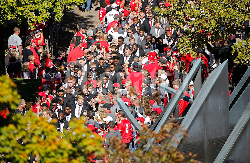 Ohio State Buckeyes make their way into Ohio Stadium for their game against Indiana Hoosiers on October 8, 2016.  (Kyle Robertson/ The Columbus Dispatch)