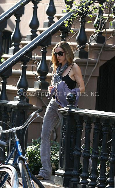 WWW.ACEPIXS.COM ************....April 8 2010, New York City....Exclusive - all rounder....Actress Sarah Jessica Parker leaving her West Village home on April 8 2010 in New York City....Please byline: PHILIP VAUGHAN - ACEPIXS.COM.. *** ***  ..Ace Pictures, Inc:  ..tel: (646) 769 0430..e-mail: info@acepixs.com..web: http://www.acepixs.com