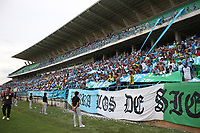MONTERIA - COLOMBIA, 26-11-2017: Hinchas de Jaguares de Córdoba.Jaguares de Córdoba y El Independiente Santa Fe en partido de los cuartos de final ida de la Liga Aguila II - 2017, jugado en el estadio Jaraguay de la ciudad de Montería.. / Fans of Jaguares of Cordoba.Jaguares of Cordoba and Independiente Santa Fe during a match for the first leg between Jaguares of Cordoba  and Independiente Santa Fe , to the quarter of finals for the Liga Aguila II - 2017 at the Jaraguay  Stadium in Monteria city: Vizzorimage / Felipe Caicedo / Staff