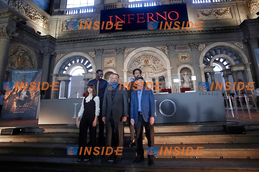 Omar Sy, Felicity Jones, Dan Brown, Tom Hanks Irrfan Khan e Ron Howard<br /> Firenze 06-10-2016. Photocall del film 'Inferno' in anteprima mondiale.<br /> Rome 6th October 2016. 'Inferno' Photocall<br /> Foto Samantha Zucchi Insidefoto