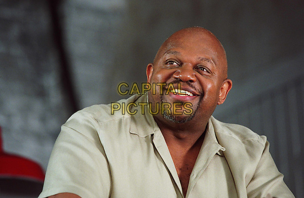 CHARLES S. DUTTON .on the set of Against The Ropes.Filmstill - Editorial Use Only.CAP/AWFF.supplied by Capital Pictures