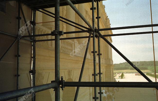 Hall of Mirrors restoration, Versailles castle, France, June 2005