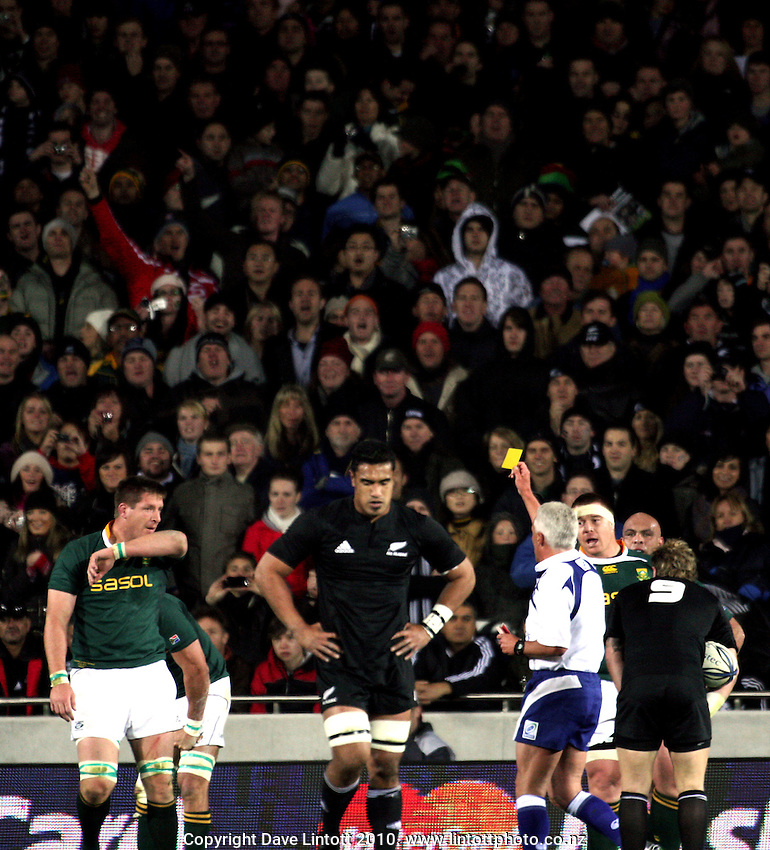 Referee Alan Lewis yellow-cards Bakkies Botha. Investec Tri-Nations match between the NZ All Blacks and South Africa at Eden Park, Auckland on Saturday 10 July 2010. Photo: Dave Lintott / lintottphoto.co.nz