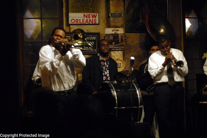 A traditional jazz band performs at the Sean Yseult and Chris Lee wedding in New Orleans, Saturday, Jan. 12, 2008.