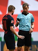 24th May 2020, Opel Arena, Mainz, Rhineland-Palatinate, Germany; Bundesliga football; Mainz 05 versus RB Leipzig;  Timo Werner (RB Leipzig), gets a warning from referee Markus Schmidt (Stuttgart)