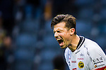 ***BETALBILD***  <br /> Solna 2015-07-26 Fotboll Allsvenskan AIK - IF Elfsborg :  <br /> Elfsborgs m&aring;lvakt Kevin Stuhr Ellegaard reagerar under matchen mellan AIK och IF Elfsborg <br /> (Foto: Kenta J&ouml;nsson) Nyckelord:  AIK Gnaget Friends Arena Allsvenskan Elfsborg IFE arg f&ouml;rbannad ilsk ilsken sur tjurig angry depp besviken besvikelse sorg ledsen deppig nedst&auml;md uppgiven sad disappointment disappointed dejected portr&auml;tt portrait