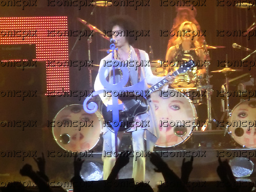Prince <br /> - performing live at Le Zenith in Paris France - 01-JUN-2014 .  Photo credit: Thomas Zeidler/ Dalle/IconicPix **UK ONLY**