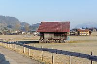 Heustadel auf Weiden s&uuml;dlich von Oberstdorf im Allg&auml;u, Bayern, Deutschland<br /> hay barn on pastures south of Oberstdorf, Allg&auml;u, Bavaria, Germany