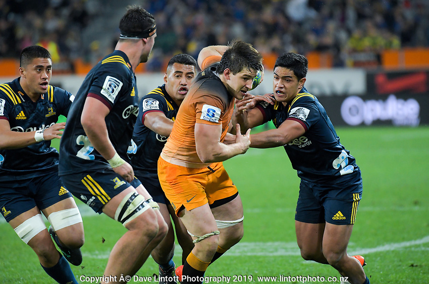 Tomas Lezana in action during the Super Rugby match between the Highlanders and Jaguares at Forsyth Barr Stadium in Dunedin, New Zealand on Saturday, 11 May 2019. Photo: Dave Lintott / lintottphoto.co.nz