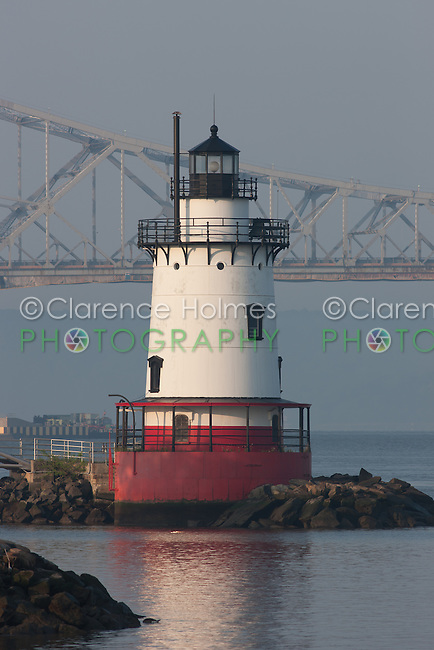 Early morning view of the Tarrytown Lighthouse, on the Hudson River near the village of Sleepy Hollow, New York, with the Tappan Zee Bridge in the background