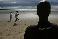 02 JUL 2005 - CROSBY, UK - Sefton Triathlon. (PHOTO (C) NIGEL FARROW)
