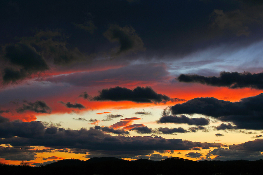 Sunset over the mountains in Charlottesville, Va. Photo/Andrew Shurtleff.