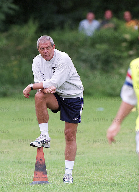Walter Smith watching training in the afternoon session