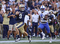 Annapolis, MD - October 7, 2017: Navy Midshipmen quarterback Zach Abey (9) scores a touchdown during the game between Air Force and Navy at  Navy-Marine Corps Memorial Stadium in Annapolis, MD.   (Photo by Elliott Brown/Media Images International)