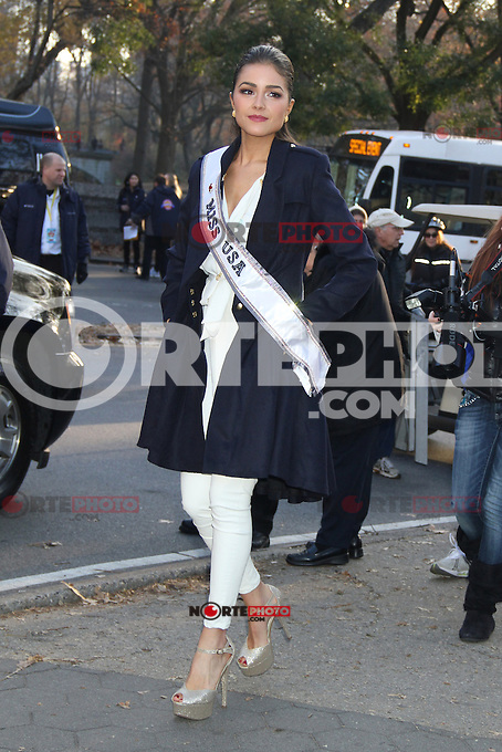 NEW YORK, NY - NOVEMBER 22: Miss USA Olivia Culpo at the 86th Annual Macy's Thanksgiving Day Parade on November 22, 2012 in New York City. Credit: RW/MediaPunch Inc. /NortePhoto