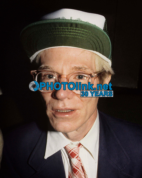 Andy Warhol3732.JPG<br /> New York, NY 1981 FILE PHOTO<br /> Andy Warhol (unidentified women)<br /> Digital photo by Adam Scull-PHOTOlink.net<br /> ONE TIME REPRODUCTION RIGHTS ONLY<br /> NO WEBSITE USE WITHOUT AGREEMENT<br /> 718-487-4334-OFFICE  718-374-3733-FAX