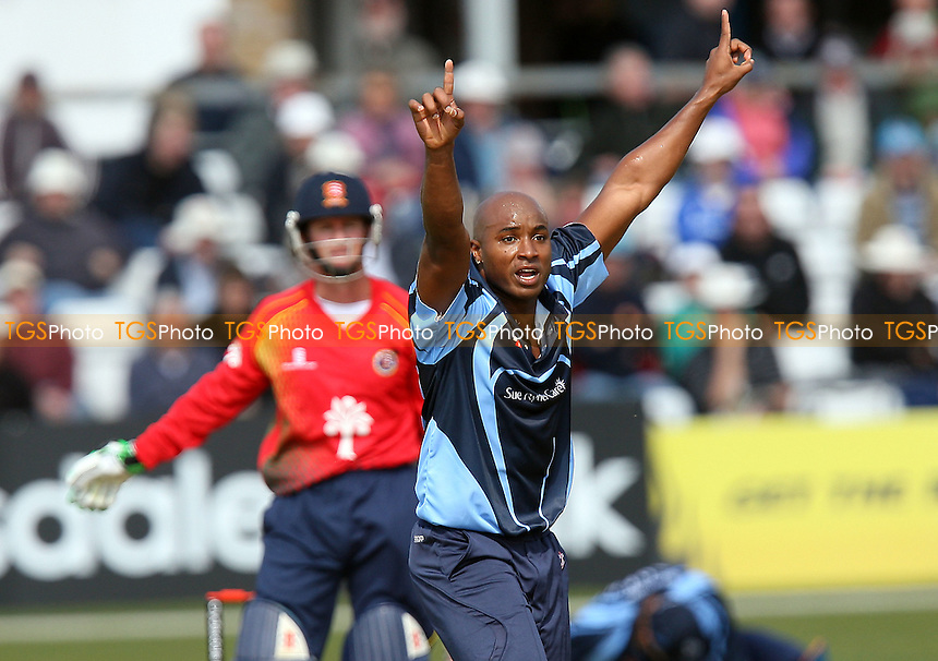 Tino Best appeals for the wicket of Grant Flower of Essex - Essex Eagles vs Yorkshire Carnegie - Clydesdale Bank 40 Cricket at the Ford County Ground, Chelmsford -  25/04/10 - MANDATORY CREDIT: Gavin Ellis/TGSPHOTO - Self billing applies where appropriate - Tel: 0845 094 6026