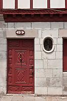Europe/France/Aquitaine/64/Pyrénées-Atlantiques/Pays-Basque/Saint-Jean-de-Luz: rue Mazarin - Maison Alexandrenia transposition urbaine de la ferme labourdine