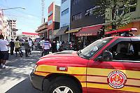SAO PAULO, SP, 20-08-2012, QUEDA ELEVADOR. TRES PESSOAS FICARAM FERIDAS NA QUEDA DE UM ELEVADOR,  O AXCISDENTE ACONTECEU NA RUA TIERS ALTURA DO NUMERO 101 NO BAIRRO DO BRAS. LUIZ GUARNIERI/ BRAZIL PHOTO PRESS.