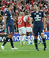 BOGOTA - COLOMBIA - 14-05-2016: Los jugadores de Independiente Santa Fe, celebran el gol anotado a Fortaleza FC, durante partido por la fecha 18 entre Independiente Santa Fe y Fortaleza FC, de la Liga Aguila I-2016, en el estadio Nemesio Camacho El Campin de la ciudad de Bogota.  / The players of Independiente Santa Fe, celebrate a goal scoring to Fortaleza FC, during a match of the date 18 between Independiente Santa Fe and Fortaleza FC, for the Liga Aguila I -2016 at the Nemesio Camacho El Campin Stadium in Bogota city, Photo: VizzorImage / Luis Ramirez / Staff.