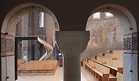 Northern transept seen from the ambulatory, Nanterre Cathedral (Cathédrale Sainte-Geneviève-et-Saint-Maurice de Nanterre), 1924 - 1937, by architects Georges Pradelle and Yves-Marie Froidevaux, Nanterre, Hauts-de-Seine, France. Picture by Manuel Cohen