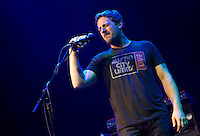 Sturgill Simpson performs to a sold out crowd at The Bomb Factory in Dallas. (Special to the Star-Telegram/Rachel Parker)