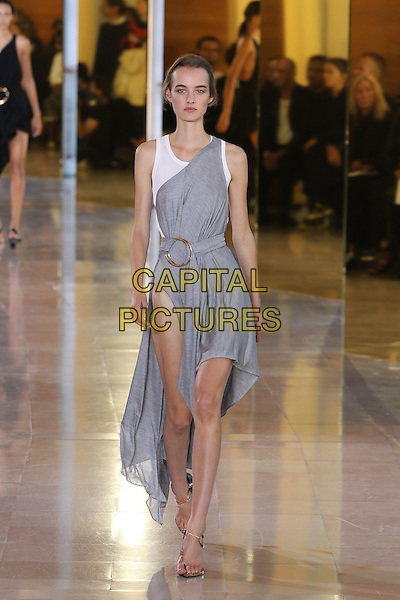 ANTHONY VACCARELLO<br /> Paris Fashion Week, Ready to Wear,Spring Summer 2016, Parsi, France September 29, 2015.<br /> CAP/GOL<br /> &copy;GOL/Capital Pictures