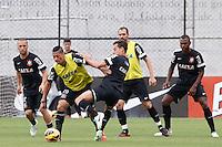 SAO PAULO, SP 25 DE OUTUBRO 2013 - TREINO CORINTHIANS - O jogador Ralf, durante o  treino de hoje, 25, no Ct. Dr. Joaquim Grava, na Zona Leste da Capital. Foto: Paulo Fischer/Brazil Photo Press.
