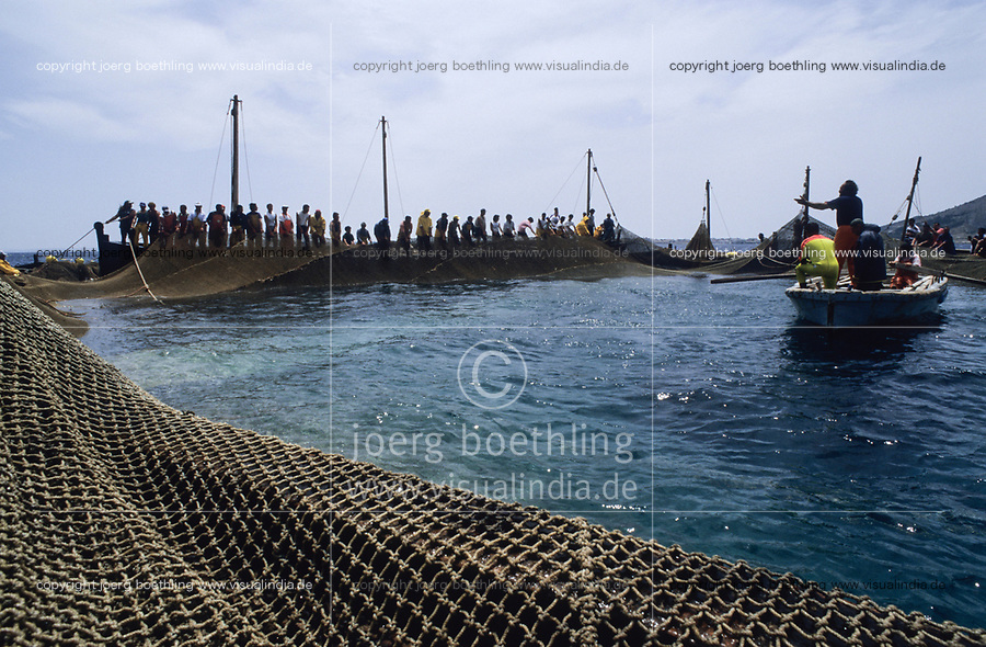 ITALY, Sicily, Egedian island Favignana, La Mattanza, traditional fishing of bluefin Tuna fish, rais (chief) Gioacchino Cataldo conducts the fishermen to close the nets of the death chamber