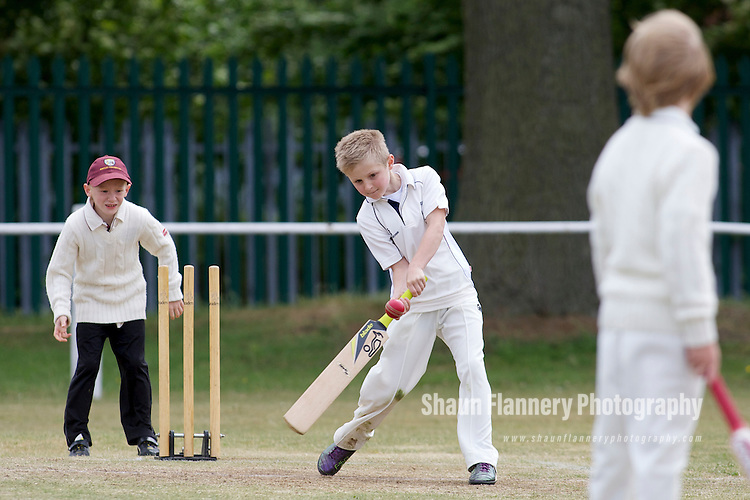 Pix: Shaun Flannery/shaunflanneryphotography.com...COPYRIGHT PICTURE>>SHAUN FLANNERY>01302-570814>>07778315553>>..29th May 2011...............Cricket, Sprotbrough v Bentley Under 9's.First round of the Doncaster Junior Cricket League Cup..Ben Usher.