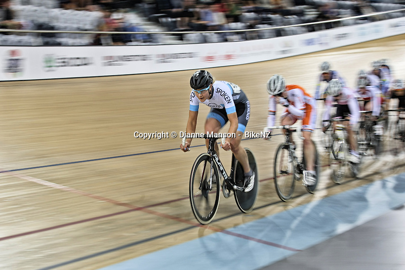 Jaime Nielsen out front in the WE points race at the Avanti BikeNZ Cup, Avantidrome, Cambridge, New Zealand, Saturday, September 20, 2014, Credit: Dianne Manson/BikeNZ