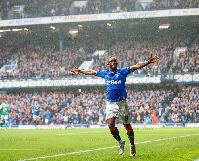 11.08.2019 Rangers v Hibs: Jermain Defoe celebrates his first goal
