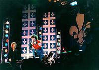 MontrÈal, 24 Juin 1994<br /> Le chanteur QuÈbÈcois Robert Charlebois participe au spectacle gratuit de la FÍte Nationale des QuÈbÈcois ; la Saint-Jean-Baptiste, le 24 Juin  1994, au Parc Maisonnneuve, ‡ MontrÈal (CANADA)<br /> Photo ; Pierre Roussel