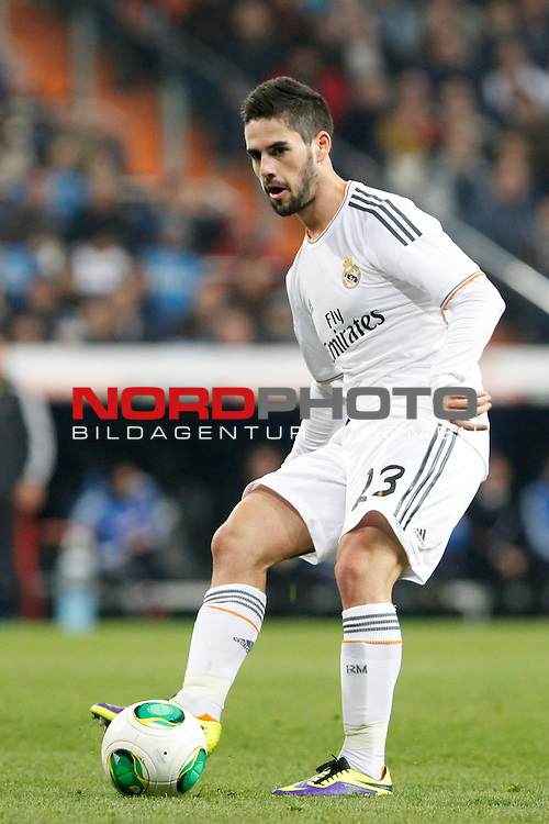 Real Madrid¬¥s Isco during a Copa del Rey soccer match between Real Madrid and Olimpic de Xativa at Santiago Bernabeu Stadium in Madrid. December 18, 2013. Foto © nordphoto / Caro Marin) *** Local Caption ***