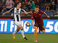 Calcio, Serie A: Roma vs Juventus. Roma, stadio Olimpico, 14 maggio 2017. <br /> Roma&rsquo;s Stephan El Shaarawy, right, is challenged by Juventus&rsquo; Stephan Lichsteiner during the Italian Serie A football match between Roma and Juventus at Rome's Olympic stadium, 14 May 2017. Roma won 3-1.<br /> UPDATE IMAGES PRESS/Riccardo De Luca