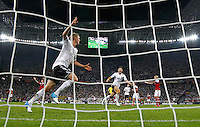 LVIV, UCRANIA, 17 JUNHO 2012 - EURO 2012 - ALEMANHA X DINAMARCA - Lars Bender jogador da Alemanha comemora seu gol contra a Dinamarca em partida pelo terceira rodada do grupo B da Euro 2012 em Lviv na Ucrania neste domingo, 17. (FOTO: PIXATHLON / BRAZIL PHOTO PRESS).