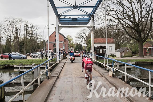 crossing the canal<br /> <br /> 105th Scheldeprijs 2017 (1.HC)<br /> 1 Day Race: Mol &rsaquo; Schoten (BEL/202km)