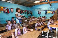 Fatebenefratelli Ospedale Saint John of God di Lunsar nella foto bambini nella Bakita School. Qui ci sono 393 studenti, tra cui 102 orfani di Ebola. In questa foto, i bambini recitano, come in una filastrocca, i sintomi di Ebola. In questo modo imparano a riconoscere la malattia e a capire quando un abitante del villaggio potrebbe essere contagioso sanit&agrave; Lunsar 17/03/2016 foto Matteo Biatta<br /> <br /> Fatebenefratelli Hospital Saint John of God in Lunsar in the picture children in the Bakita School. There are 393 students, including 102 Ebola orphanes. in this capture, children recit Ebola synthoms as a doggerel. In this thing they learn to recognize Ebola and know when a person in the village may be contagious health Lunsar 17/03/2016 photo by Matteo Biatta