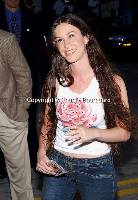 Alanis Morisette arriving at the Jay and Silent Bob Strike Back premiere at the Bruin Theatre in Los Angeles. August 15, 2001           -            MorisetteAlanis05.jpg