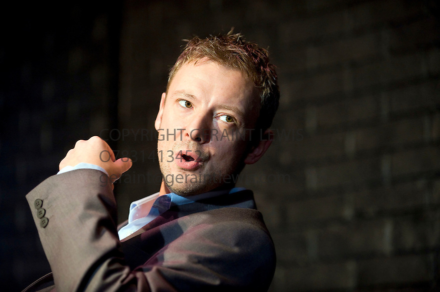 Speaking in Tongues by Andrew Bovell,directed by Toby Frow.With  John Simm as Leon. Opens at  The Duke of York's Theatre on 28/9/09.  Credit Geraint Lewis