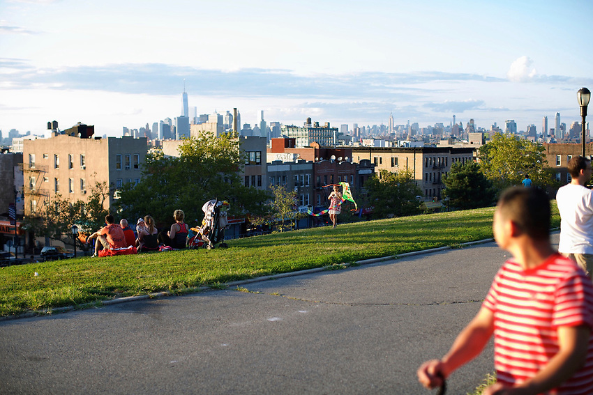 BROOKLYN, NY - August 17, 2014: The Manhattan Skyline seen from Sunset Park.<br /> <br /> Credit: Clay Williams.<br /> <br /> &copy; Clay Williams / http://claywilliamsphoto.com