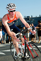 25 JUN 2011 - PONTEVEDRA, ESP - Peter De Vries (NED) - Elite Men's European Triathlon Championships in Pontevedra, Spain (PHOTO (C) NIGEL FARROW)