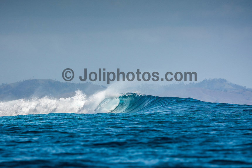 Namotu Island Resort , Fiji. (Monday October 26, 2015) Love Shacks - There was a mix of winds today with light Trades early before it swung to the North  late in the morning. The swell was in the 3'+ range as the tide dropped but when the tide turned the swell jumped into the 5' range.  The guests SUP'd at Namotu Lefts, and there were surfing  sessions  at Cloudbreak and Wilkes – . Photo: joliphotos.com