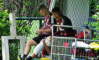 SÃO PAULO, SP, 18.11.2016 – FUTEBOL-SAO PAULO -  Lucas Fernandes e David Neres durante treino do São Paulo realizado no CT da Barra Funda, na zona oeste da capital, na manhã desta sexta - feira (18)(Foto: Renato Gizzi/Brazil Photo Press)